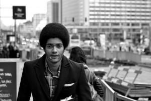 Retro Afro élégance. Crédit Photo : Alvaro A. Novo